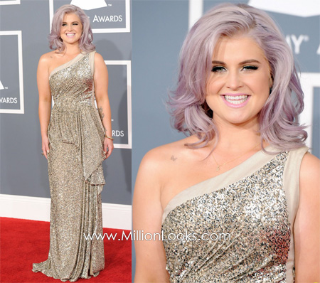 Kelly Osbourne at the 2012 Grammy Awards with a slightly fuller figure