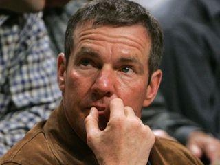 Dennis Quaid ponders his problems