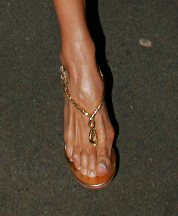 Victoria beckham s feet hideous sick and famous people