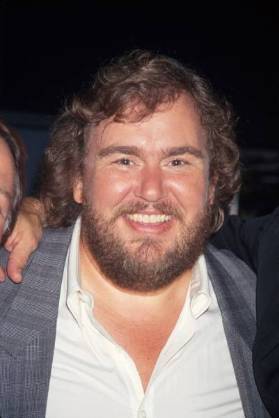 John Candy goes Grizzly Adams